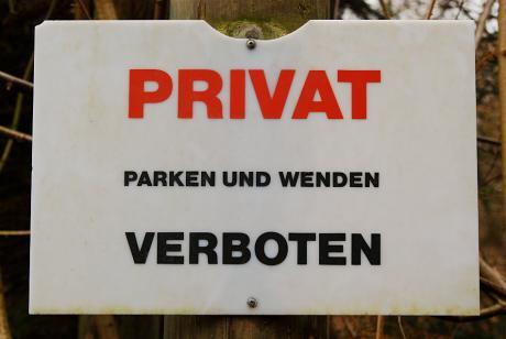 Privat: Parken und Wenden verboten