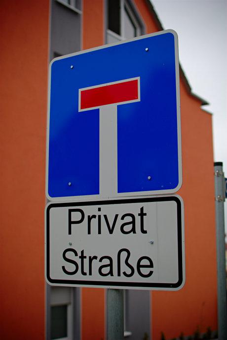 Privat Straße: an einem Privatweg