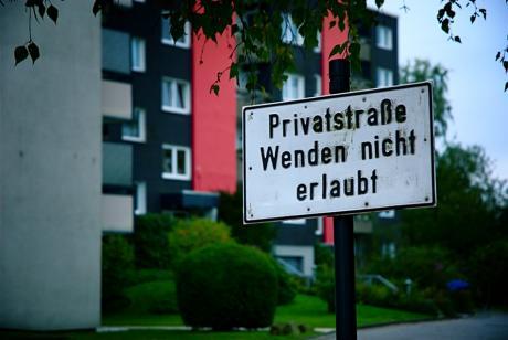 Privatstraße: Wenden nicht erlaubt