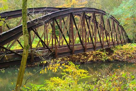 Bogenbrücke: der Ronsdorf-Müngstener-Eisenbahn (RME)