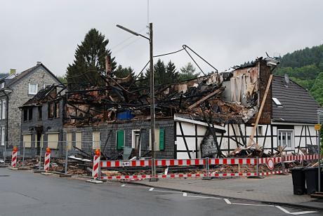 Wuppertaler Hof: verbliebene Reste des Brandes vom 10. Februar 2009