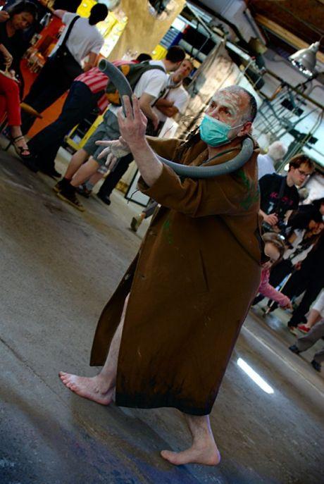 Saugstauber: Tanz in der Schmette