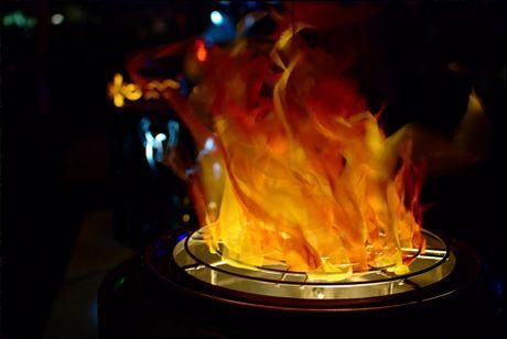 Scheinfeuer aus einer ausrangierten Waschtrommel