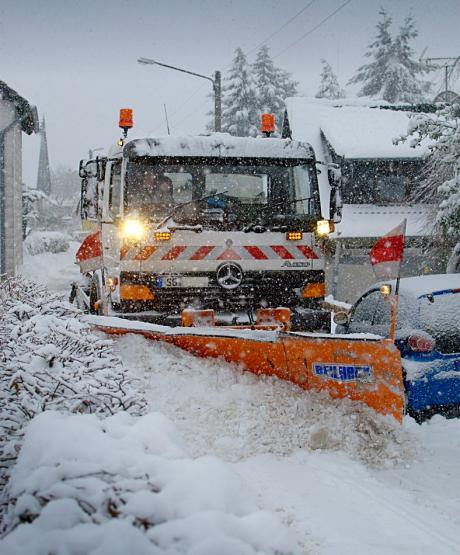 """Schneepflug: der hinter """"Petra"""" aufräumt"""