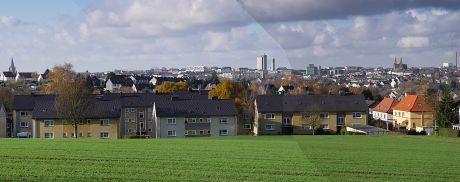 Blick vom Halfeshof auf die Solinger City: (aus dem Jahre 2006)