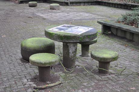 Sitz- Spielmöbel