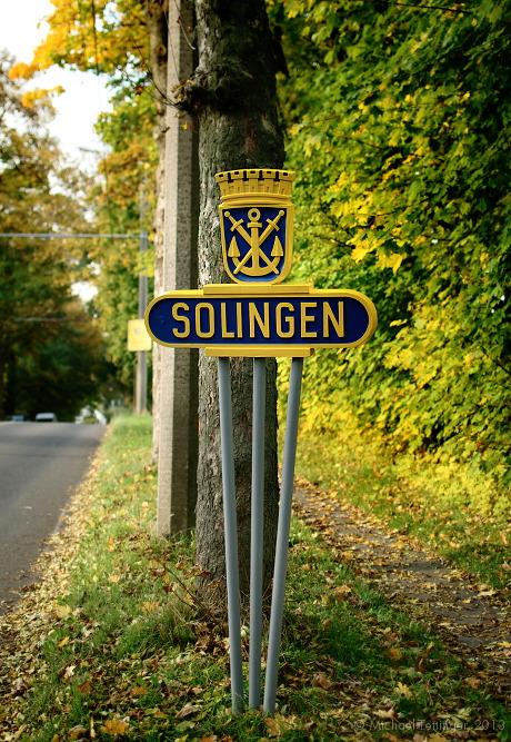 Das  renovierte Wappen: an der Burger Landstraße - Fahrtrichtung Innenstadt Solingen