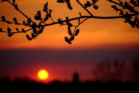 Sonnenuntergang: der April verabschiedet sich
