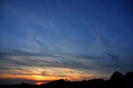 Sonnenuntergang: 19:30 Uhr