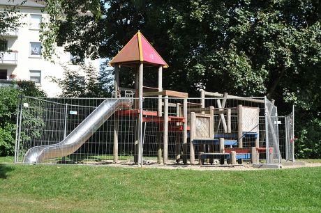Spielgerät am Birkenweiher