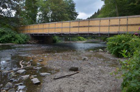 eingeschalte Wupperbrücke