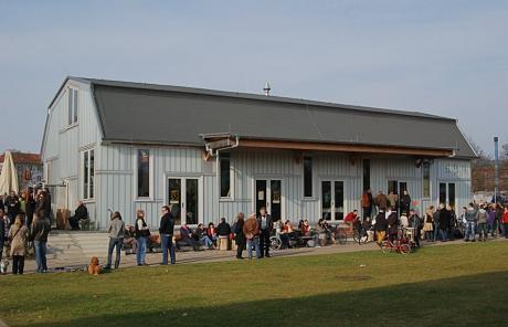 Geöffnet: das StückGUT im Südpark neben den künstlerischen Güterhallen