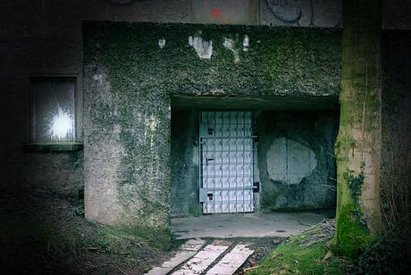 Törchen in dicker Mauer