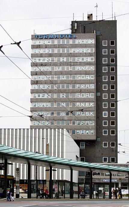 Turmhotel als Rätsel