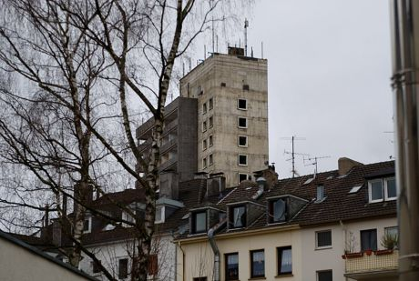 luftiges Turmhotel