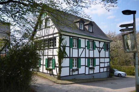 Untenfürkelt: Erbaut um 1750, restauriert 1983-1985