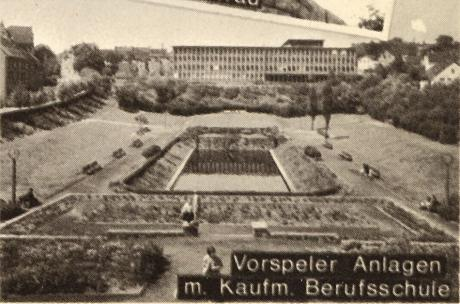 Postkartenansicht Vorspeler Anlagen mit kaufmännischer Beruftschule: Vermutlich aus dem Jahre 1969 (Verlag unbekannt)