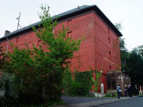 Hochbunker: Walter-Dodde-Straße (Aufnahme 2005)