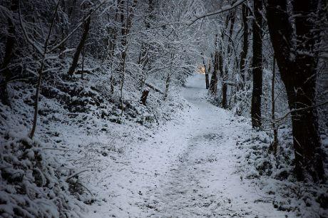 Licht am Ende des Schneetunnels