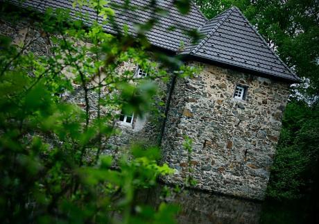 Haus Graven mit dem Graben