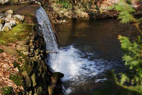 Wasserstau: und Fall in der Kohlfurth