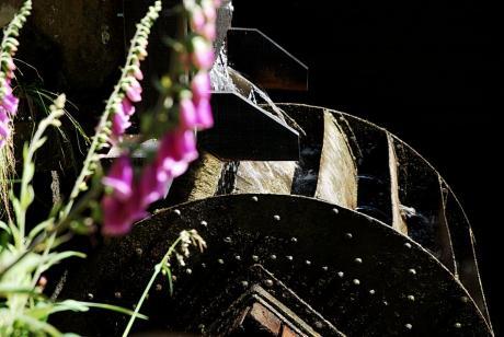 Wasserrad: oberschlächtige Ausführung am Steffenshammer im Gelpetal