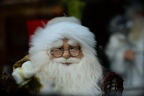 der alte Mann mit dem weißen Bart