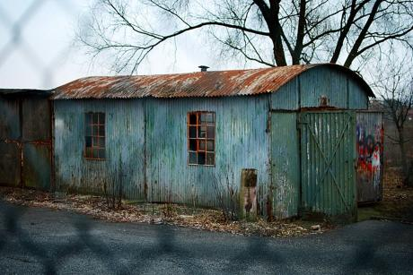 Gewelltes Blech und ihre Verwendungsmöglichkeiten: die Hütte