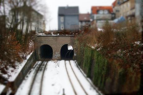 Tunnel am oder durch den: Weyersberg?