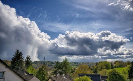 kleine Wolkenformation
