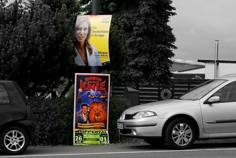 Werbung am Straßenrand