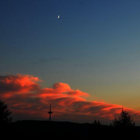 Zunehmender Mond am Samstagabend